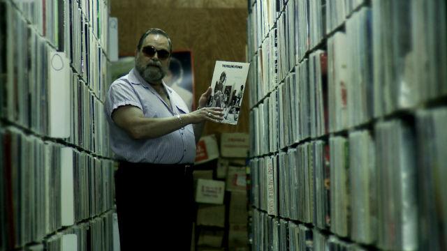 Z 233 Ro Freitas And His Million Of Vinyl Records Vinyl