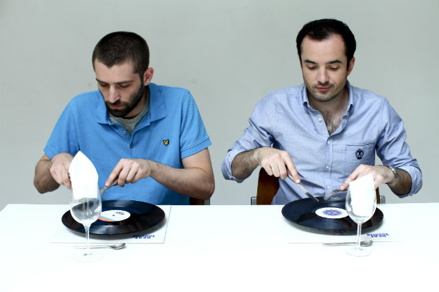 beat torrent eating a vinyl record