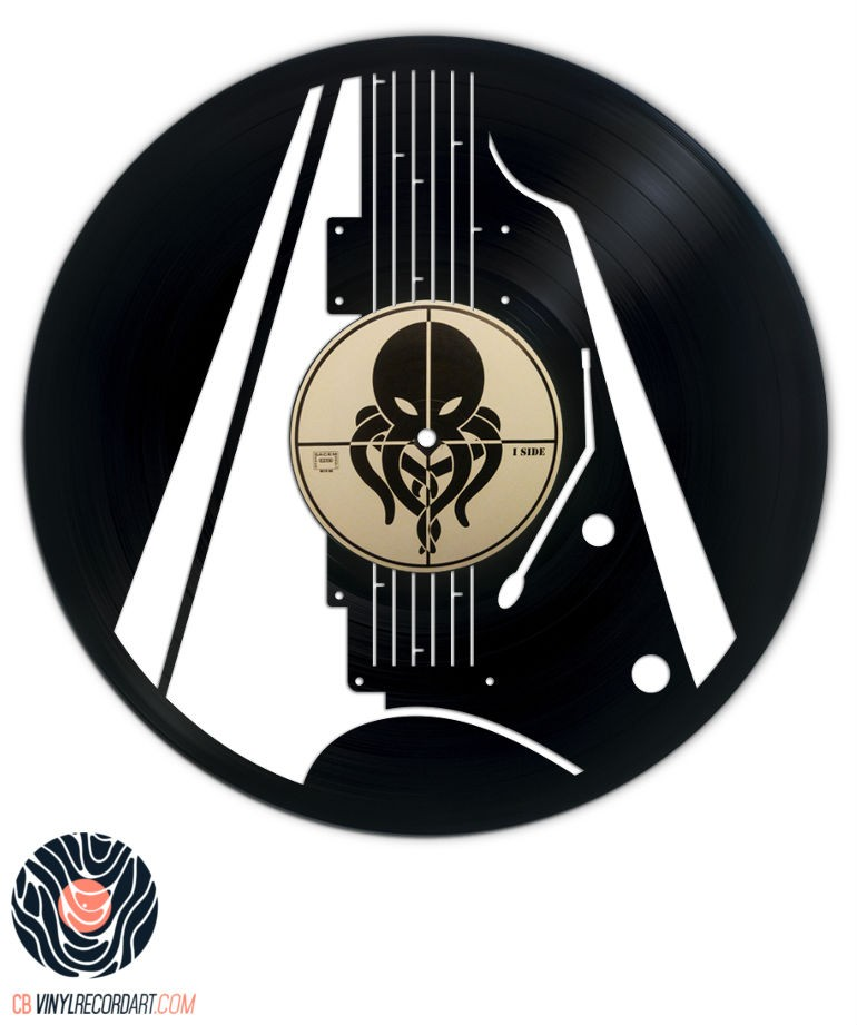 Electric Guitar – Sculpture on recycled vinyl record