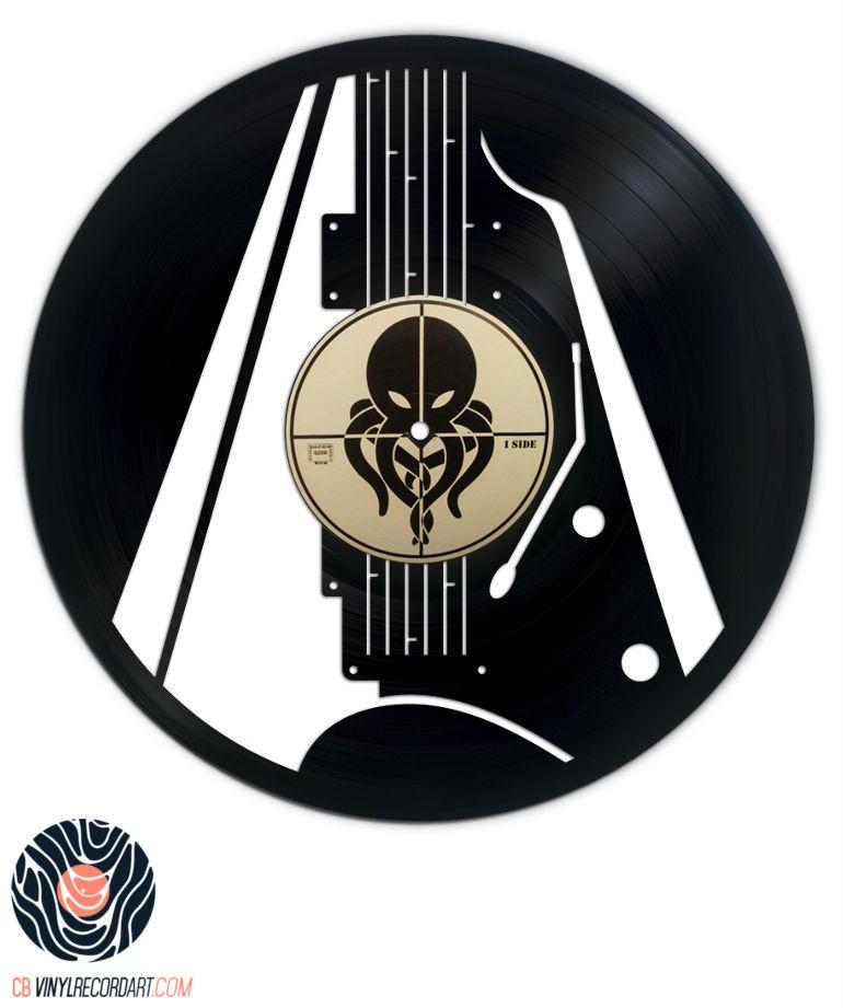 Guitare Électrique – Sculpture sur disque vinyle recyclé