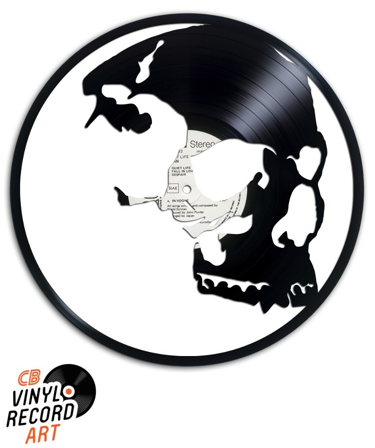 Friend Skull - Sculpture on vinyl record