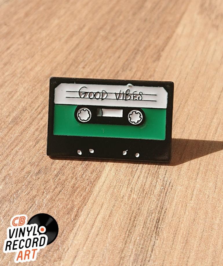 Audio tape Good Vibes enamel pin – Retro accessory