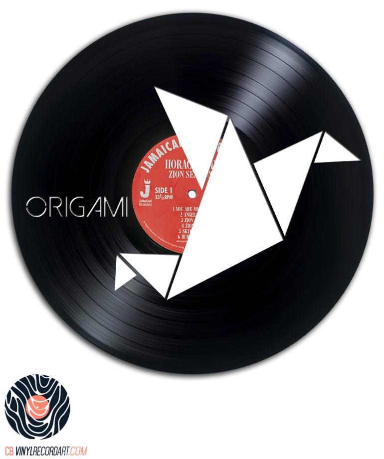 origami sculpture unique sur disque vinyle recycl. Black Bedroom Furniture Sets. Home Design Ideas
