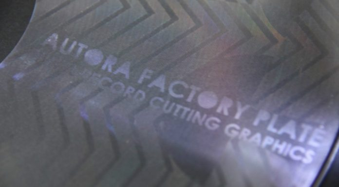 Autora Factory, cutting graphics on vinyl records