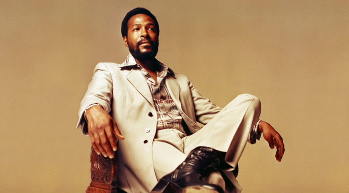 marvin gaye sat on a chair
