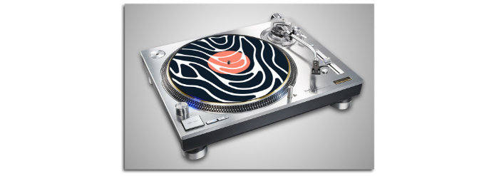 sliomat on turntable