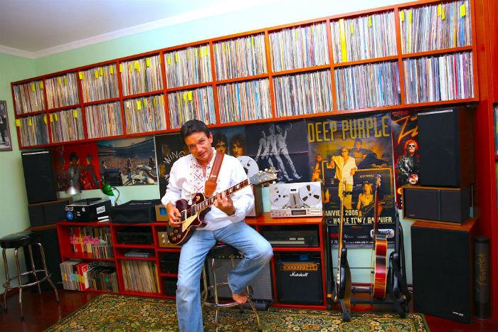 vadim and his guitar
