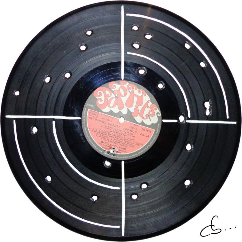 cible gravée sur un disque vinyle