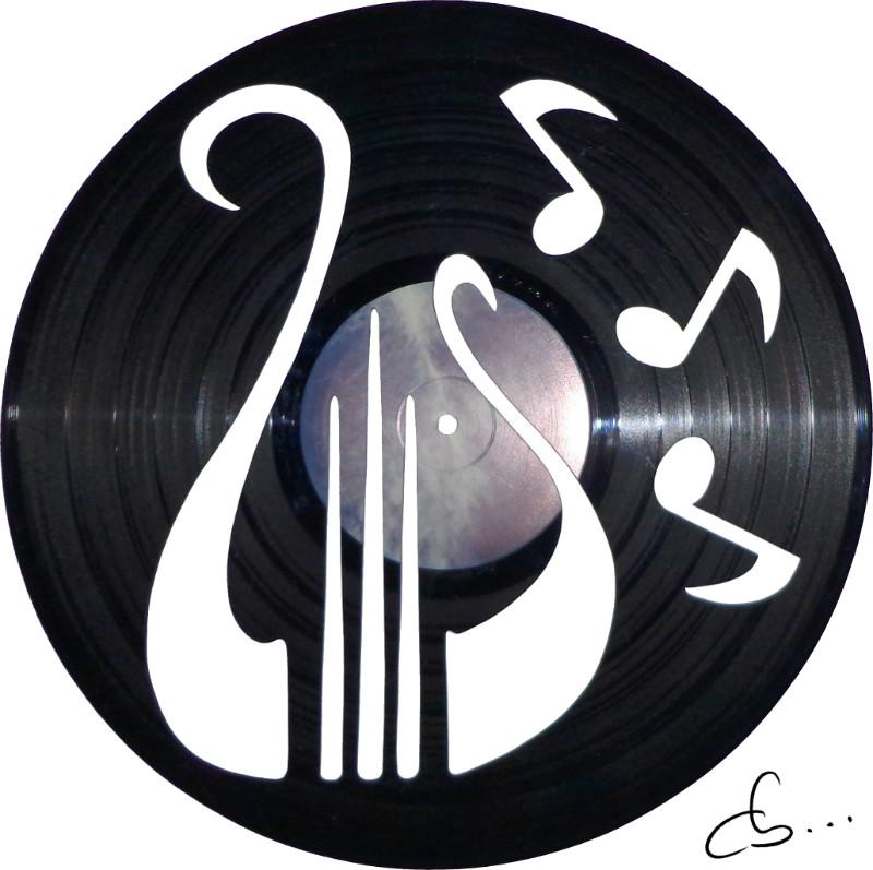 harpe gravée sur un disque vinyle