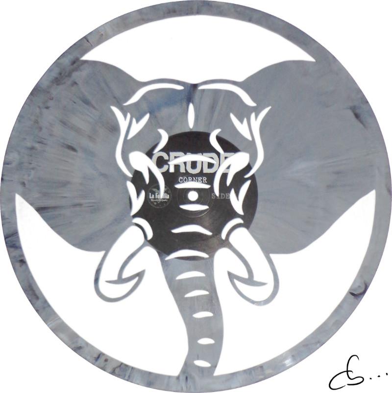 tête d'élephant gravé sur un disque vinyle gris